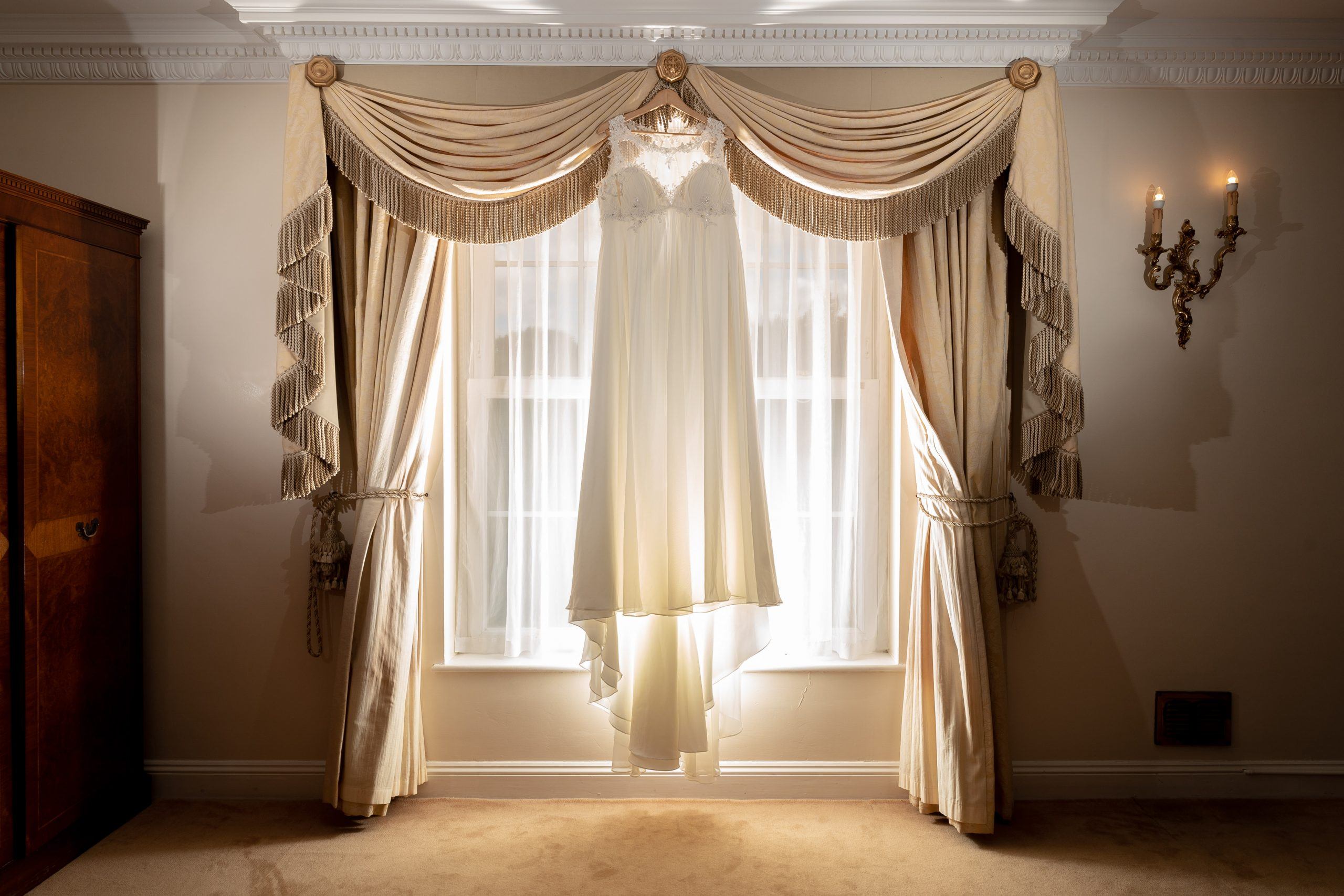 YFFUK Phil Endicott choosing your wedding dress Whittlebury Hall