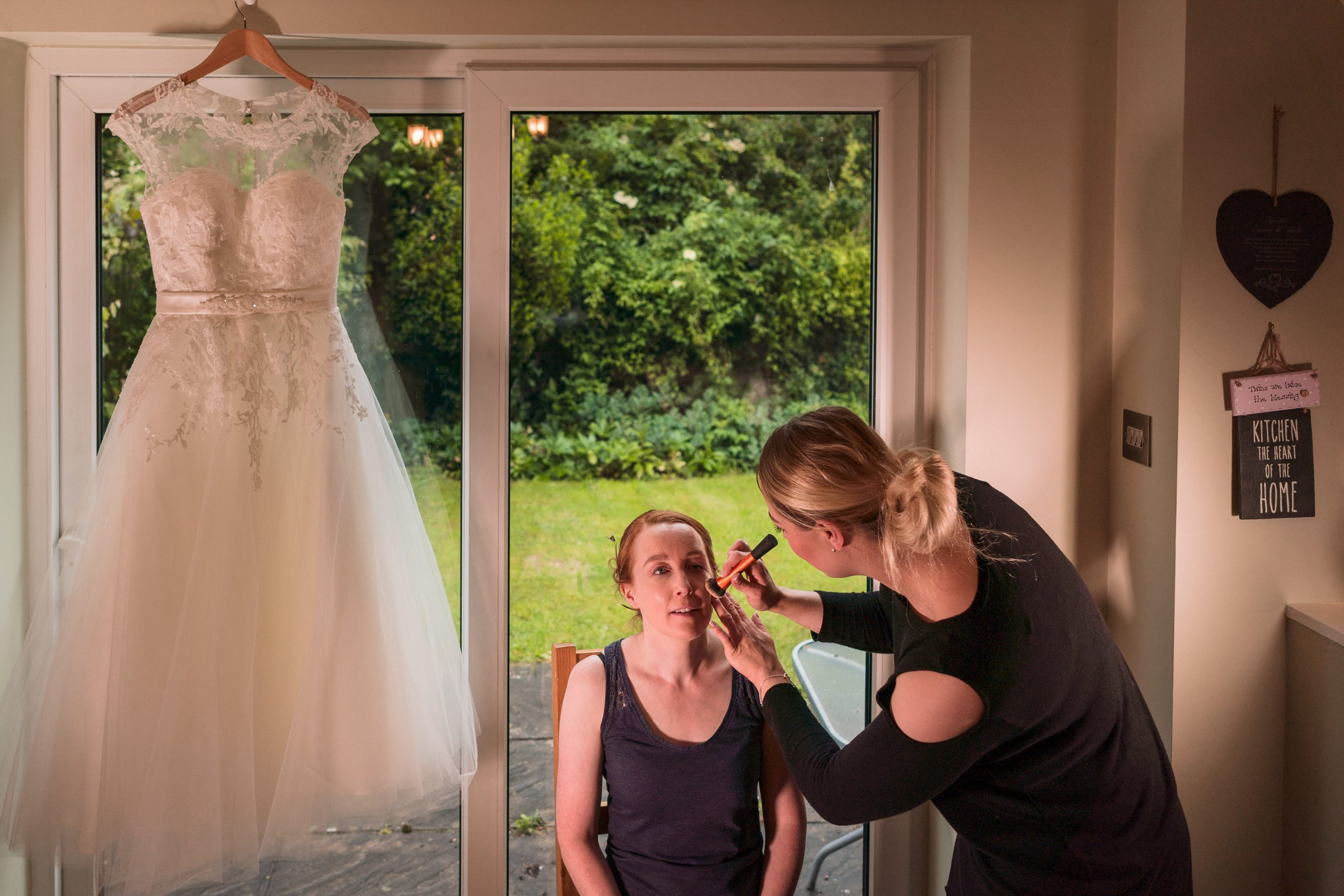 YFFUK Phil zEndicott choosing your wedding dress
