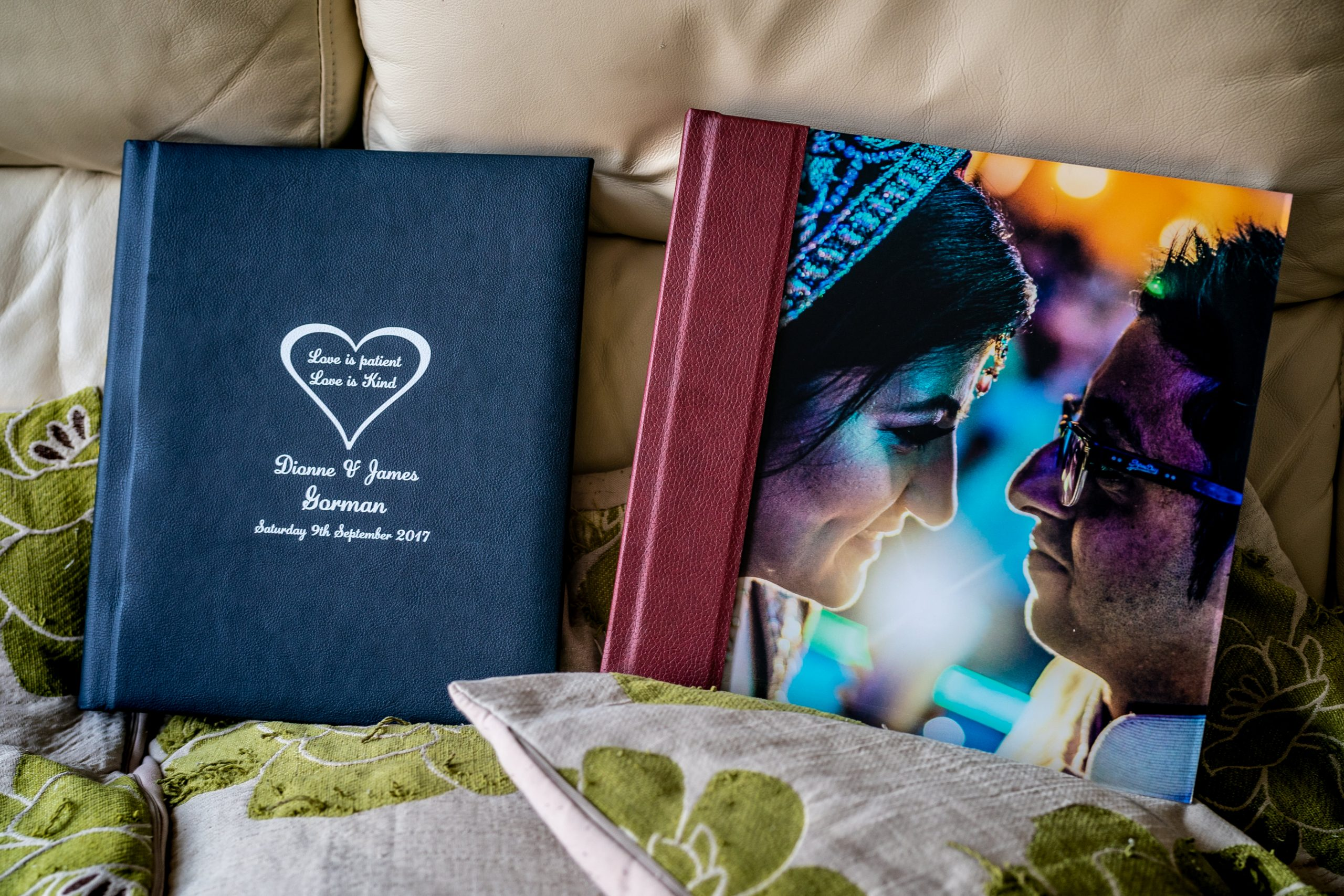 YFFUK-inside-your-wedding-album-100017